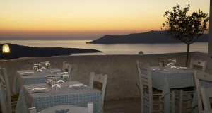 volcano-blue-restaurant-santorini-11